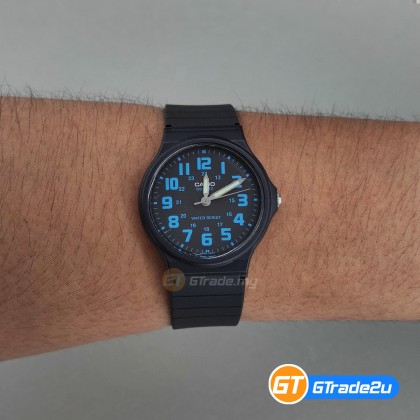 [READY STOCK] CASIO ANALOG Men Watch MQ-71-2BV | Simple Full Black